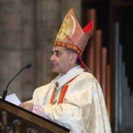 Sabato Santo, Veglia pasquale con l'Arcivescovo in diretta tv, radio e web
